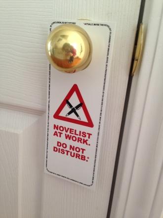 nano2014-novelistatwork-doorhanger