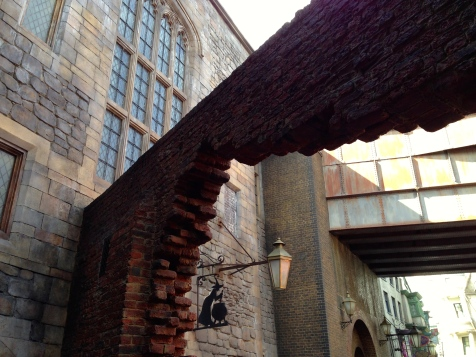 Just like in the books, Diagon Alley at Wizarding World is hidden behind a brick wall on a normal street in London. You'd never guess what's waiting behind that wall.