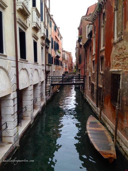 venice-hidden-canal